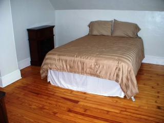 Cozy 2 bedroom Apartment in Rockland with Internet Access - Rockland vacation rentals