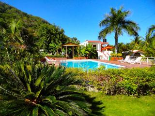 Nice Bed and Breakfast with A/C and Satellite Or Cable TV - Paraiso vacation rentals