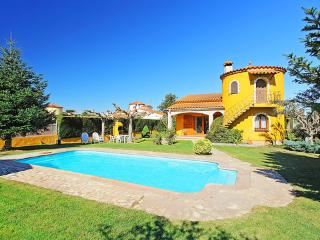 Passeig d'Empúries ~ RA20439 - Sant Pere Pescador vacation rentals