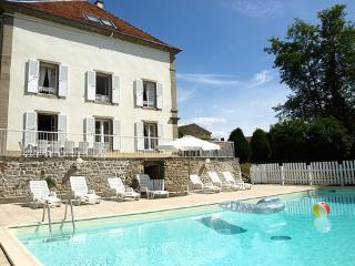 Domaine De St Julien Priorité réservations ~ RA26233 - Bourbonne-les-Bains vacation rentals