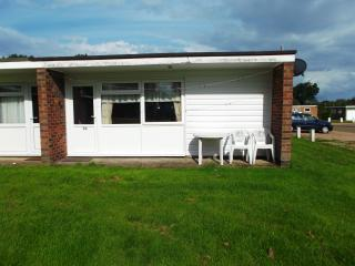 Sunset Holiday Chalets self catering Hemsby - Hemsby vacation rentals