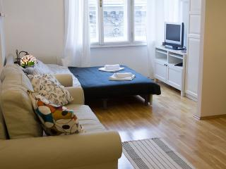 Cozy Zagreb Studio rental with Internet Access - Zagreb vacation rentals