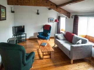 THE OLD CHAIR WORKSHOP, character terraced cottage, woodburner, en-suite, shop - Sedbergh vacation rentals