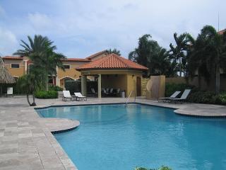 Sunny Retreat at Gold Coast Resort - Malmok Beach vacation rentals