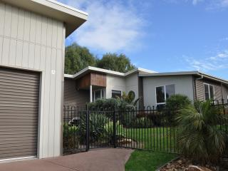 Perfect 4 bedroom Cowes House with Deck - Cowes vacation rentals