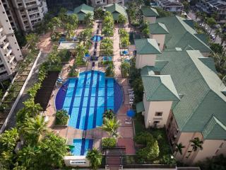 Resort Condo 1 - Pool View - Georgetown vacation rentals