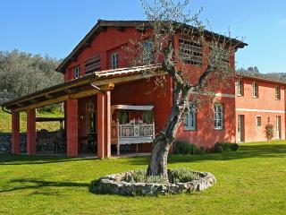 5 bedroom Villa with Internet Access in Massarosa - Massarosa vacation rentals