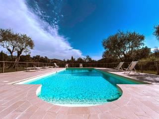 5 bedroom Villa in Massarosa, Lucca and surroundings, Tuscany, Italy : ref - Piano di Conca vacation rentals