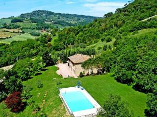 7 bedroom Villa in Volterra, San Gimignano, Volterra And Surroundings, Tuscany - Ulignano vacation rentals