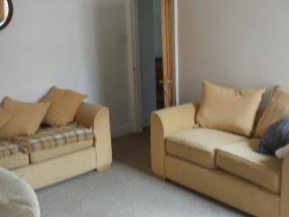Lovely 2 bedroom Gosforth Apartment with Internet Access - Gosforth vacation rentals