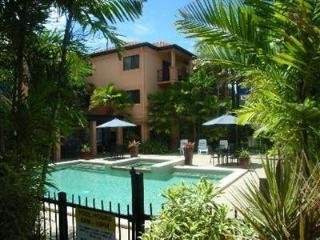 Lake st. Apartment, our biggest - Cairns vacation rentals