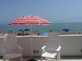 Casa sul mare Marina di Ragusa-Casuzze - Punta Secca vacation rentals