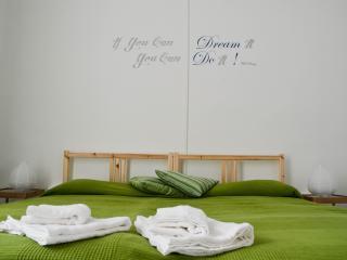 GREEN ROOM - Naples vacation rentals