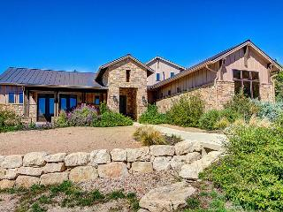 4BR/4BA New Luxury Home with Lake Views, Lake Travis, Sleeps 10 - Leander vacation rentals