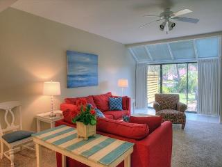 """"""" FAMILY TIDES"""" is A FAVORITE for SNOWBIRDS. Still open at a fantastic rate. - Sandestin vacation rentals"""