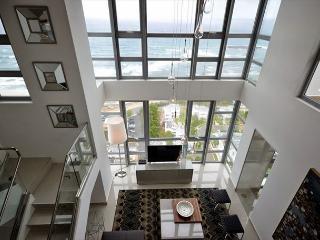 Spectacular 3bed/ 3bath Penthouse in the heart of San Juan! - San Juan vacation rentals