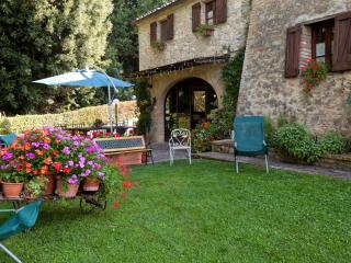 3 bedroom Farmhouse Barn with Internet Access in Buonconvento - Buonconvento vacation rentals