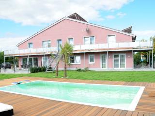 Caseti Fewos  5***** Wohnung Carolin mit Pool - Oberdachstetten vacation rentals