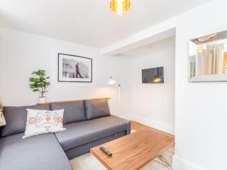 1BR - Earls Court - 74PGB - London vacation rentals