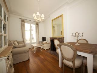 1-bedroom apartment - Avenue Raymond Poincaré 3092 - Paris vacation rentals