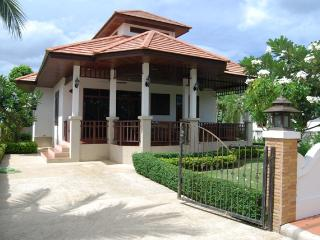 Nice 3 bedroom Villa in Khao Tao - Khao Tao vacation rentals