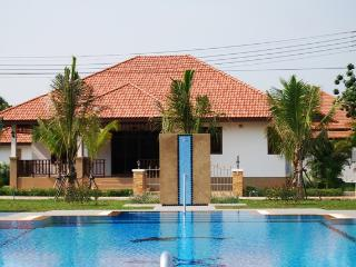 Comfortable 4 bedroom Villa in Khao Tao - Khao Tao vacation rentals
