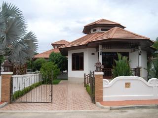 villa natalie mvI-a7 - Khao Tao vacation rentals