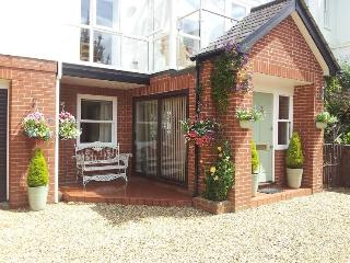 Comfortable 3 bedroom Bed and Breakfast in Exmouth - Exmouth vacation rentals
