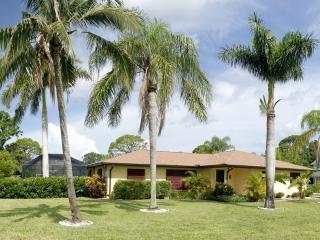 Mango Bungalow -Private Pool, Barefoot Beach close - Bonita Springs vacation rentals
