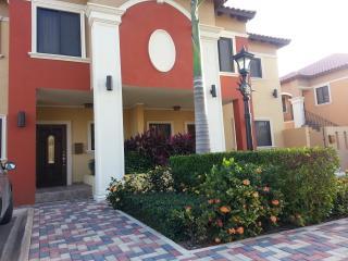Gold Coast - 2 bedrooms Luxury Condo - Aruba vacation rentals