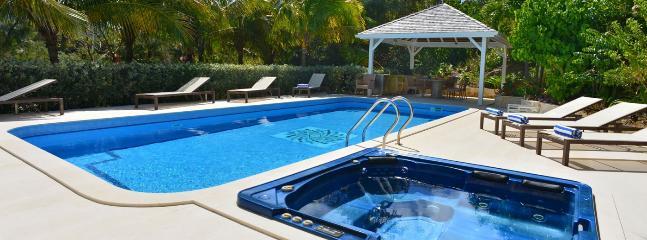 Villa Captain Cook 1 Bedroom SPECIAL OFFER - Pointe Milou vacation rentals