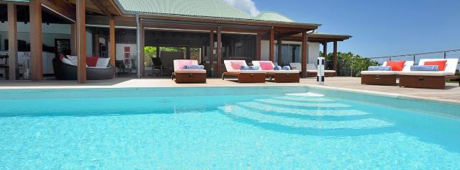 Villa Globe Trotter 2 Bedroom SPECIAL OFFER - Lurin vacation rentals