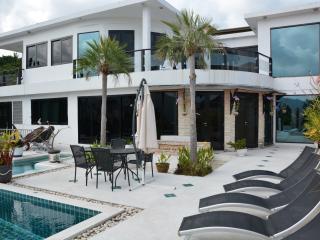 Stunning Chaweng Villa - Surat Thani Province vacation rentals