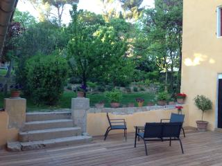 Bright Aix-en-Provence vacation B&B with Dishwasher - Aix-en-Provence vacation rentals
