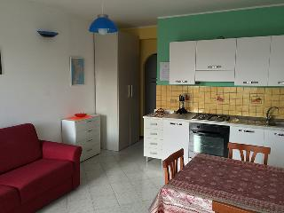 Residence Azzurro Calaghena (monolocale) - Montepaone vacation rentals