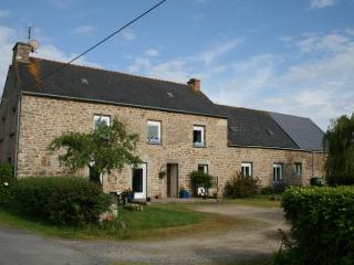 Lovely 4 bedroom Farmhouse Barn in Lamballe - Lamballe vacation rentals