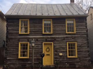 *New Listing* Historic Gettysburg Log Cabin - Gettysburg vacation rentals