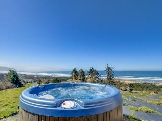 Gorgeous oceanfront home with great views, private hot tub! - Neskowin vacation rentals