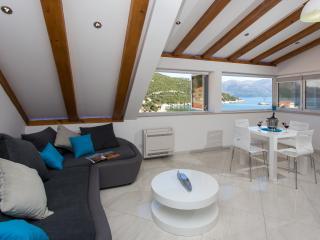 Apartment Mali Skoj - Two Bedroom Apartment - Sudurad vacation rentals