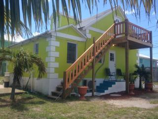 Banana Bungalow - Spanish Wells, Bahamas - Eleuthera vacation rentals