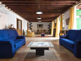 Perfect House in Arona with Deck, sleeps 6 - Arona vacation rentals