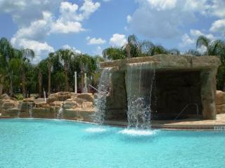 New TownHome 4/3+Pool / Gated Resort / 5 m Disney - Kissimmee vacation rentals