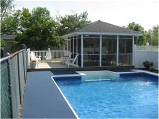 Nice House with Deck and Internet Access - Frankford vacation rentals