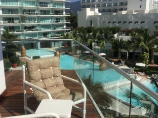 Nice Condo with Short Breaks Allowed and Long Term Rentals Allowed - Puerto Vallarta vacation rentals