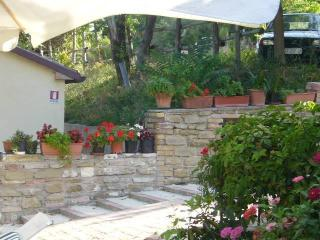 Nice Barn with Internet Access and Central Heating - Serra San Quirico vacation rentals