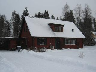 Spacious loft close to beautiful lakes - Klavrestrom vacation rentals