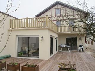 Maison bauloise tout confort 12 personnes à 700m d - La-Baule-Escoublac vacation rentals
