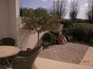 Nice 1 bedroom Condo in Marseillan with Internet Access - Marseillan vacation rentals
