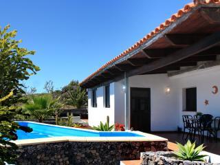 Finca Stemann - Casa Helena Villa with pool for 4 - Guia de Isora vacation rentals