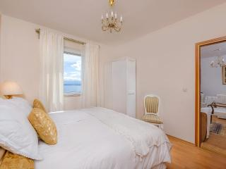 Bol Croatia seaview apartment Santo 1 + breakfast - Bol vacation rentals